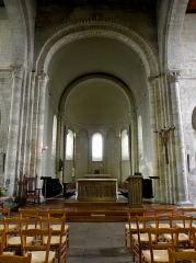 Ancien prieuré de Locmaria, ancienne caserne Emeriau - Français:   Église de Locmaria, Quimper (29). Chœur.