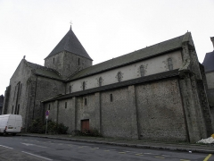 Ancien prieuré de Locmaria, ancienne caserne Emeriau - Français:   Église de Locmaria, Quimper (29). Façade nord.