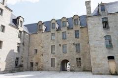 Ancien prieuré de Locmaria, ancienne caserne Emeriau - Français:   L\'église de Locmaria à Quimper, le prieuré.