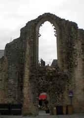 Ancienne abbaye de Saint-Colomban - Brezhoneg: Iliz Sant Kolomban e Kemperle