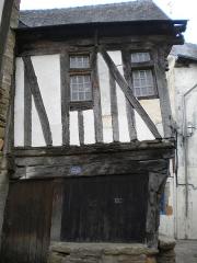 Maison - Brezhoneg:   4 straed Dom Moris e Kemperle