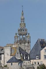 Eglise Notre-Dame de Croaz-Batz et enclos -  Vue du clocher de l'église Notre-Dame de Croaz-Batz à Roscoff.