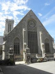 Eglise Saint-Jean-Baptiste - Chevet de l'église de Saint-Jean-du-Doigt (29).