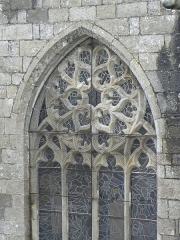 Ancienne cathédrale Saint-Paul-Aurélien - Français:   Remplages d\'une fenêtre d\'une des chapelles septentrionales du chœur de la cathédrale Saint-Paul-Aurélien de Saint-Paul de Léon (29).