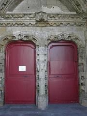 Eglise Notre-Dame du Creisker ou Kreisker - Français:   Portail septentrional de la chapelle N.D. du Kreisker à Saint-Pol-de-Léon (29).