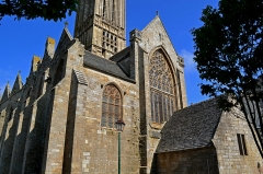 Eglise Notre-Dame du Creisker ou Kreisker - Français:   Côté Est de la chapelle du Kreisker à Saint-Pol-de-Leon dans le Finistère.