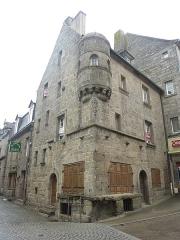 Maison prébendale - Français:   Saint-Pol-de-Léon: la maison du 12, rue du général Leclerc