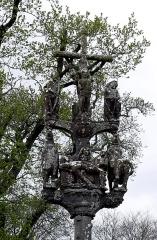Chapelle Saint-Sébastien, arc de triomphe, calvaire et placître - Deutsch: Saint Segal (Bretagne, Finistere) Saint Sebastien, Calvaire: Sankt Sebastian.