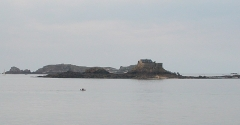Ile Harbour et son fort - Français:   Île Harbour à Dinard