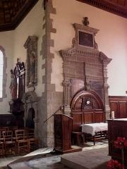 Eglise Saint-Martin - Intérieur de l'église Saint-Martin de Fleurigné (35). Chœur. Enfeu des Bois-Février-Langan.