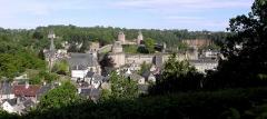 Château - Le château de Fougères (35) vu du Jardin public.