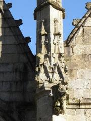 Eglise Saint-Sulpice - 3ème contrefort de la façade nord de l'église Saint-Sulpice de Fougères (35). Gargouille.