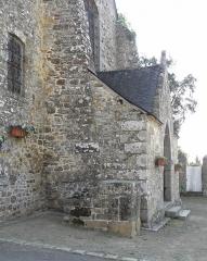 Eglise Saint-Exupère - Église Saint-Exupère de Gahard (35). Estrade de crieur public et proche principal.