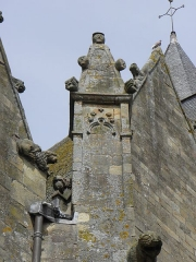 Eglise Notre-Dame - 6ème pinacle du collatéral sud de la basilique Notre-Dame de La Guerche-de-Bretagne (35).