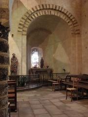 Eglise Notre-Dame-de-l'Assomption - Église Notre-Dame de Livré-sur-Changeon (35). Absidiole sud.