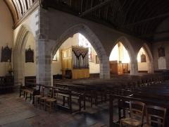 Eglise Saint-Patern - Intérieur de l'église Saint-Patern de Louvigné-de-Bais (35).