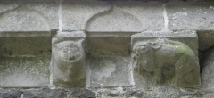 Chapelle Notre-Dame-de-Lannelou - Modillons sculptés de la chapelle Notre-Dame-de-Lannelou en Montauban-de-Bretagne (35).