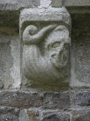Chapelle Notre-Dame-de-Lannelou - Modillon sculpté de la chapelle Notre-Dame-de-Lannelou en Montauban-de-Bretagne (35).