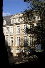 Ancienne abbaye Saint-Melaine - Français:   Façade de l\'ancien archevêché de Rennes
