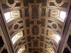 Cathédrale Saint-Pierre - Armes des chapitres de Quimper et Léon, de Bretagne, du chapitre de Vannes. Voûtes de la nef principale de la cathédrale métropolitaine Saint-Pierre de Rennes (35).