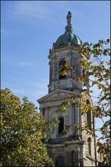 Eglise Notre-Dame-en-Saint-Mélaine - Français:   Clocher de l\'église Saint-Melaine à Rennes