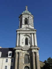 Eglise Notre-Dame-en-Saint-Mélaine - Français:   Tour-clocher de l\'église Notre-Dame en Saint-Melaine de Rennes (35).