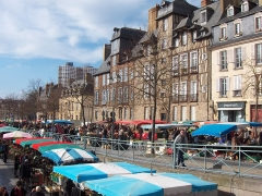 Maison, dite aussi hôtel Racapé de la Feuillée -  Marché des Lices à Rennes