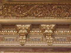 Palais de Justice - Corniche du plafond de la salle Jobbé-Duval du Parlement de Bretagne à Rennes (35).