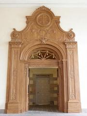 Palais de Justice - Grande porte est de la salle des pas-perdus du Parlement de Bretagne à Rennes (35).