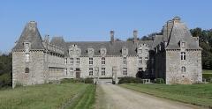 Château du Rocher-Portail - Vue méridionale du château du Rocher-Portail en Saint-Brice-en-Coglès (35).