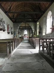 Eglise Saint-Georges - Intérieur de l'église Saint-Georges de Saint-Georges-de-Gréhaigne (35). La nef vue du portail ouest.