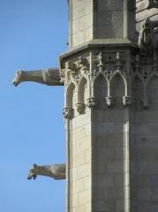 Ancienne cathédrale Saint-Vincent - Clocher de la cathédrale Saint-Vincent de Saint-Malo (35). Tourelle d'escalier.  Gargouilles.