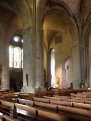 Ancienne cathédrale Saint-Vincent - Intérieur de la cathédrale Saint-Vincent de Saint-Malo (35). Dernière travée de la nef de l'aile Saint-Côme vue de la nef.