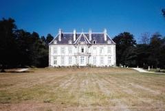 Château du Boscq, à Saint-Servan - Français:   La malouinière du Bosc en 1998, Ille-et-Vilaine, France