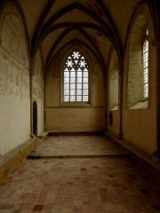 Ancienne abbaye Saint-Méen - Chapelle Saint-Vincent, ancienne salle capitulaire de l'abbaye de Saint-Méen-le-Grand (35). Vue vers l'est.