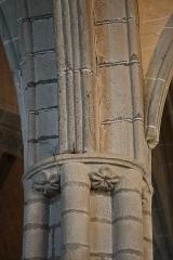 Eglise Saint-Suliac et cimetière - Intérieur de l'église de Saint-Suliac (35).