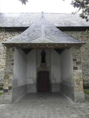 Eglise Saint-Pierre - Porche sud de l'église Saint-Pierre de Visseiche (35).