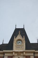 Gare - English: Vitré train station clock