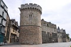 Restes de la porte d'Embas - English: Embas City gate in Vitré departement of Ille-et-Vilaine in France registered as historical monument.