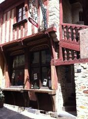 Maison - Español: Casa en Rue Saint-Baudraire 5, Vitré.