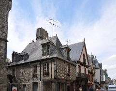 Maison - English: The medieval house located at 29 rue Notre-Dame in Vitré in the department of Ille-et-Vilaine,  France. The building is registered as a historical monument by the French Ministry of Culture.
