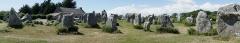 Alignement et dolmen de Kermario - English: Standing stones at the Kermario alignement