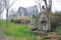 Chapelle et fontaine de la Trinité - Fontaine de la Chapelle de la Trinité (Cléguérec)