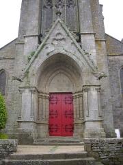 Eglise Saint-Alban - Français:   Église Saint-Alban d\'Elven (Morbihan, France), porche occidental