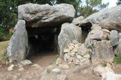 Dolmens de Mané-Bras dits Lann-Mané-Bras - Français:   Dolmen de Lann-Mané-Bras: détail du groupe central