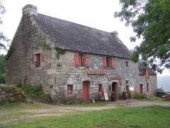Chapelle Sainte-Barbe et maison du garde - English: Taverne à la chapelle Sainte-Barbe du Faouët
