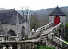 Chapelle Sainte-Barbe et maison du garde - Le Faouët (Bretagne, Morbihan) Chapelle Sainte-Barbe, escalier.