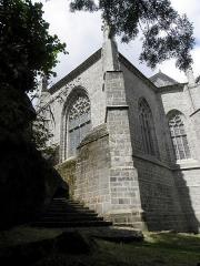 Chapelle Sainte-Barbe et maison du garde - Transept droit et chevet de la chapelle Sainte-Barbe du Faouët (56).