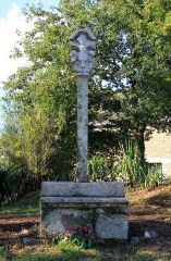Croix du 16e siècle - Français:   Croix de Camfroux