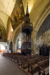 Eglise Notre-Dame-de-Paradis et ses abords - Français:  Chaire de la basilique Notre-Dame-de-Paradis d'Hennebont (France)